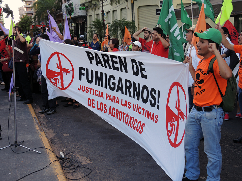 """""""Stop Fumigating US. Justice for the Victims of the Pesticides."""" PhotoLangelle.org"""