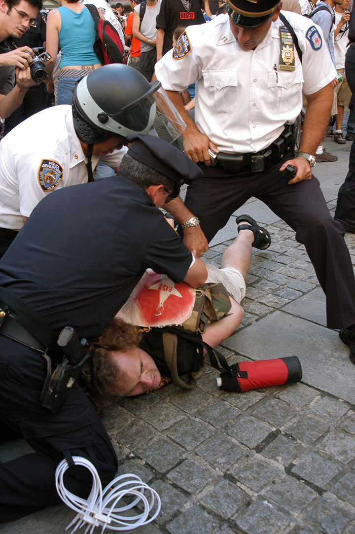 rnc_lib_arrest1_langelle